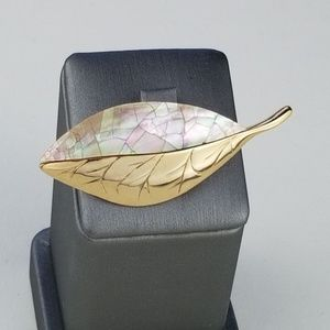 LC Mother of Pearl and Goldtone Brooch J146 (A20)
